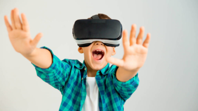 什么是VR?VR教育软件有什么好处?